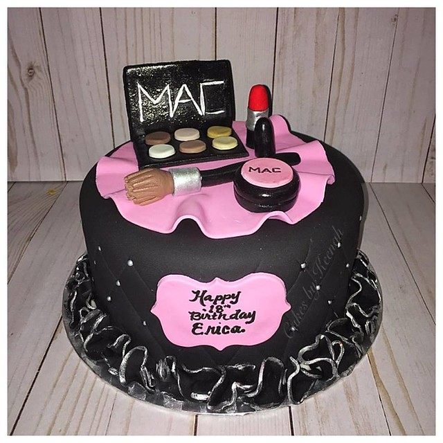 MAC Cake from Cakes by Keenah
