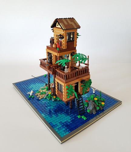 Loner's Paradise MOC. Side hut.