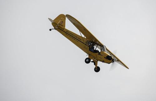 Bob'sDiscount Flying School