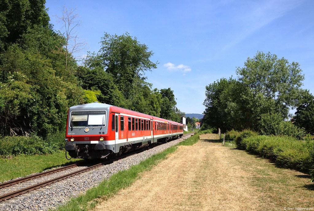 628 451 + 628 448 als RB28318 von Fürth(Odenwald) nach Weinheim(Bergstraße) in Rimbach am 17.06.15