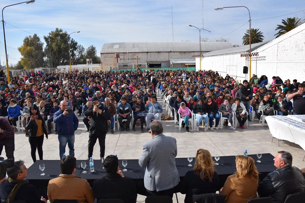 2019-07-11: DESARROLLO HUMANO: Entrega anteojos Pocito