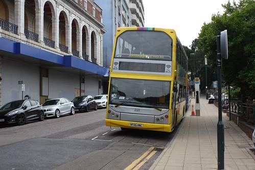 Yellow Buses 115 HF05HNC