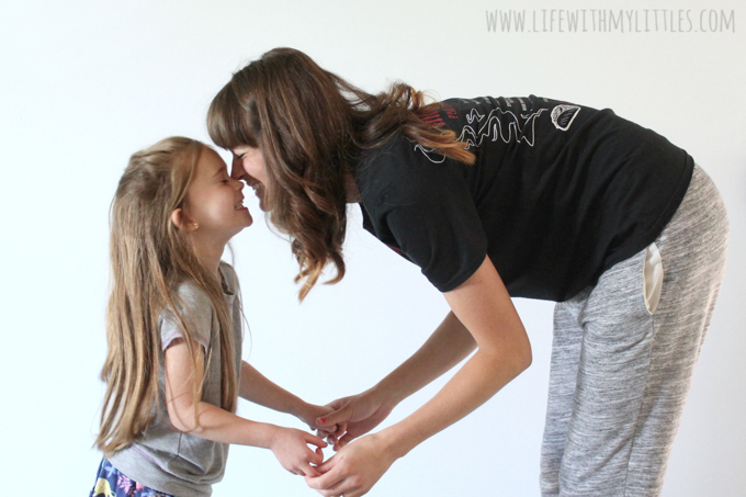 Learning to love your body after baby is hard, but it is such an important part of loving ourselves! Here are six suggestions to help you love your mom bod, exactly the way it is right now!