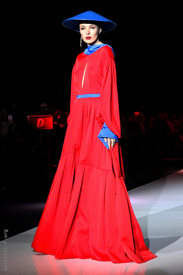 DISTRICT F — MOSCOW FASHION WEEK — MD MAKHMUDOV DJEMAL AW19 свукам нр59-0