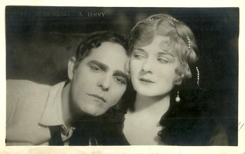Antonio Moreno and Alice Terry in Mare Nostrum