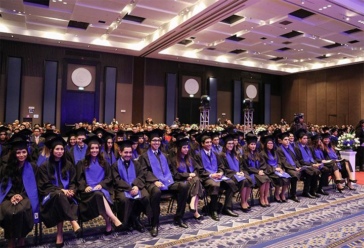 USIL celebró la graduación de los alumnos de Doble Grado