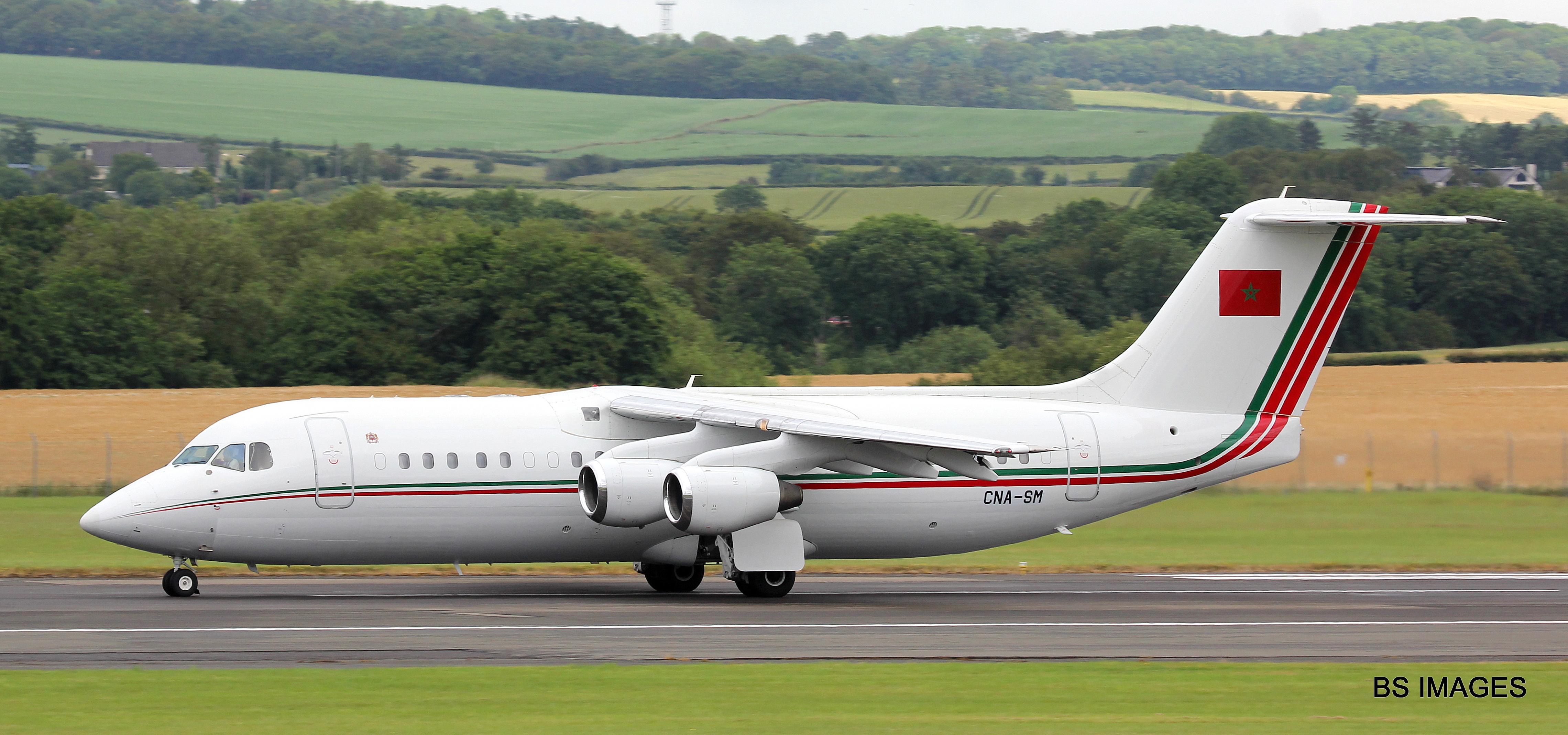 FRA: Avions VIP, Liaison & ECM - Page 23 48259955711_cc1e6c4803_o