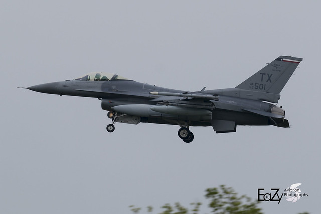 85-1501 United States Air Force General Dynamics F-16CM Fighting Falcon