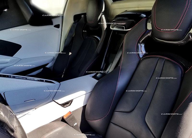 6b0c0199-2020-corvette-c8-interior-9