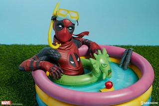 來!跟著死侍小子一起放輕鬆~ Sideshow Collectibles Premium Format Figure 系列 Marvel Comics【死侍小子】Kidpool 1/4 比例雕像作品
