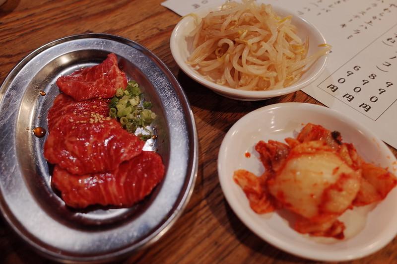池袋川越街道大阪炭火ホルモン焼きまるかんロース定食