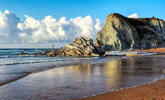 Playa Arrietara al atardecer. Sopelana. Bizkaia.