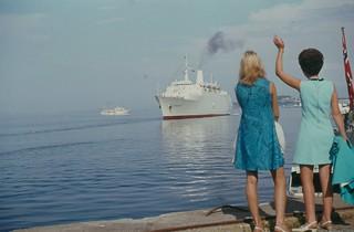 Kongeskipet «Norge» og MS «Renaissance» i Trondheim (1969)