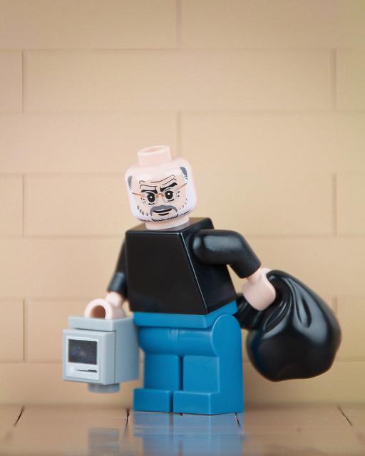 Lego Banksy Steve Jobs