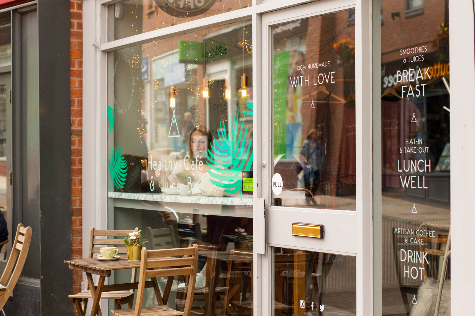 Wild-&-Wild-Vegan-Cafe-Review-Congleton
