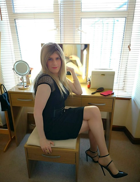 I've finished getting ready!! How do I look?