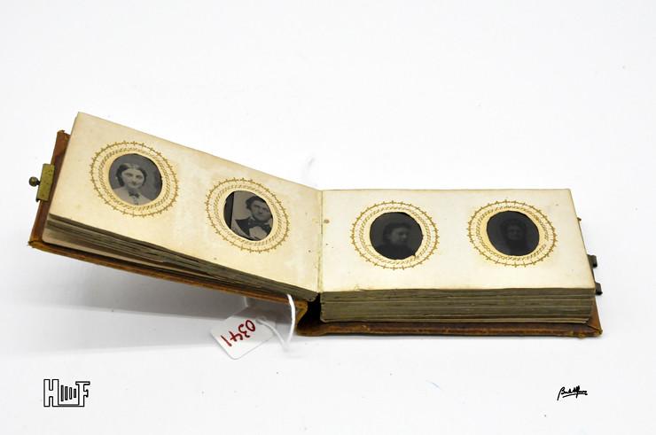 _DSC9078 Mini-album em couro com 21 ferrótipos