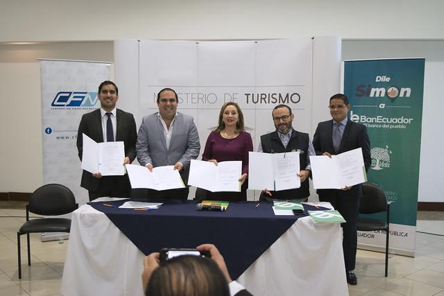 Convenio entre Banca Pública y Ministerio de Turismo para impulsar al sector turístico