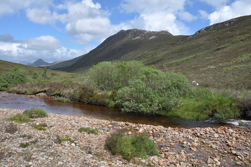 Sgorr a'  Choise from River Larnoch
