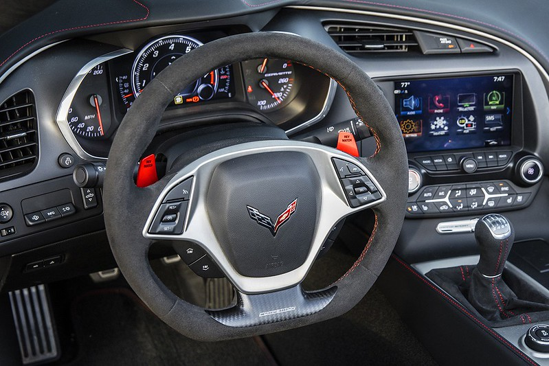 cccb2cea-corvette-steering-wheels-6