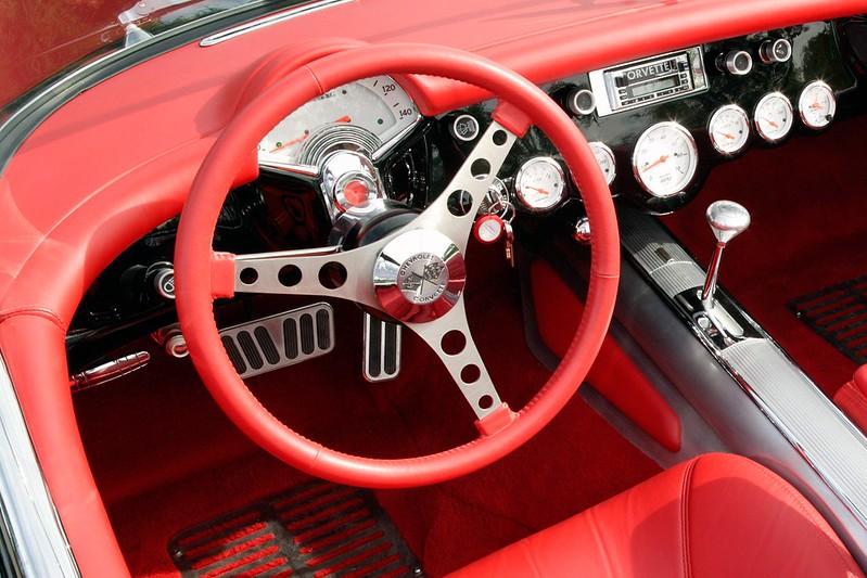 68cca040-corvette-steering-wheels-3
