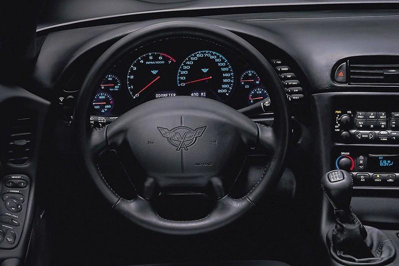 9fb8b818-corvette-steering-wheels-2