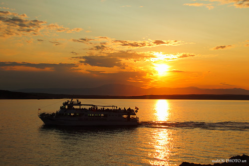 ship boat sun sunset dusk sky clouds golden sea adriatic croatia hrvatska europe canon