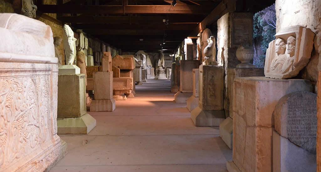 Bezienswaardigheden Split, Kroatië: Archeologisch Museum | Mooistestedentrips.nl