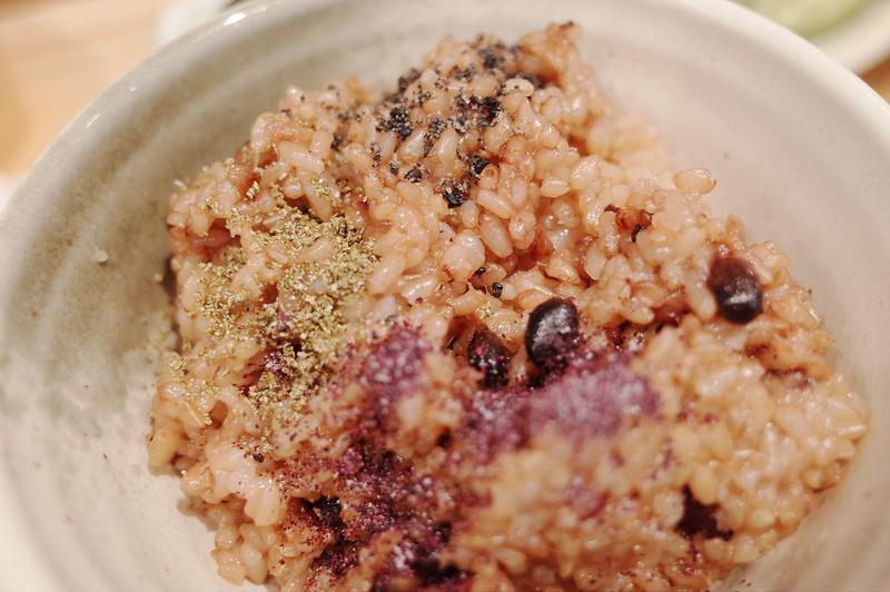 池袋東口WACCAいろは寝かせ玄米に黒ゴマ塩 これがこんぶ 赤紫蘇しそのふりかけ