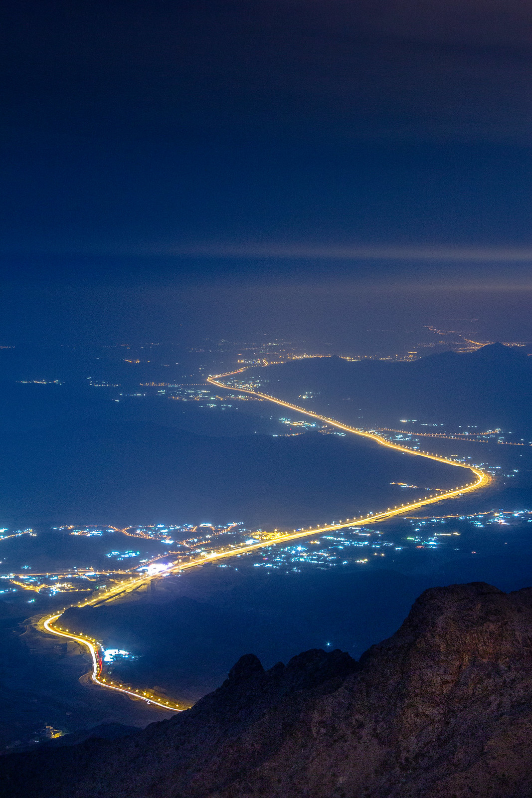 Alhada Mountain Highway at Night Makkah Region Saudi Arabia (8)