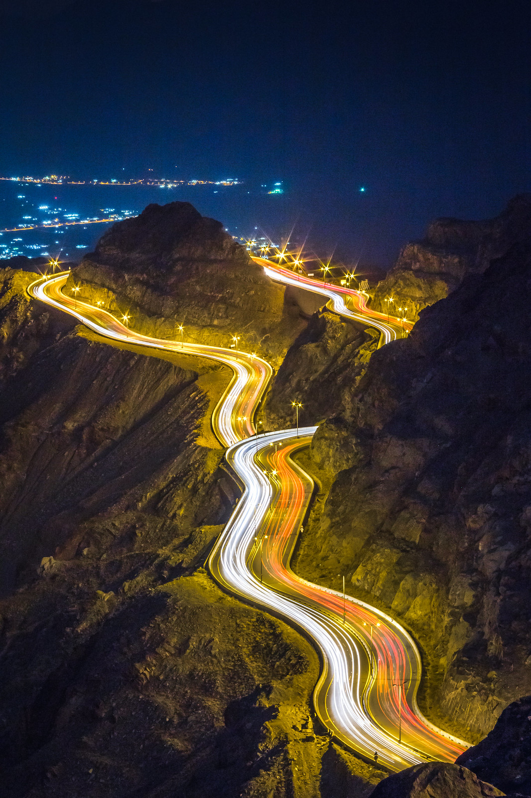 Alhada Mountain Highway at Night Makkah Region Saudi Arabia (7)