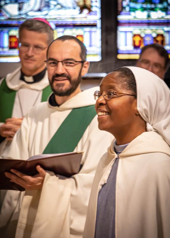 Vœux perpétuels de sœur Esther