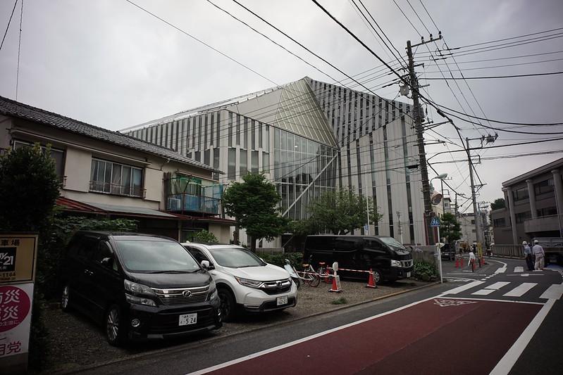 Sony α7Ⅱ+Voigtlander COLOR SKOPAR 21mm F4弦巻通り東京音楽大学