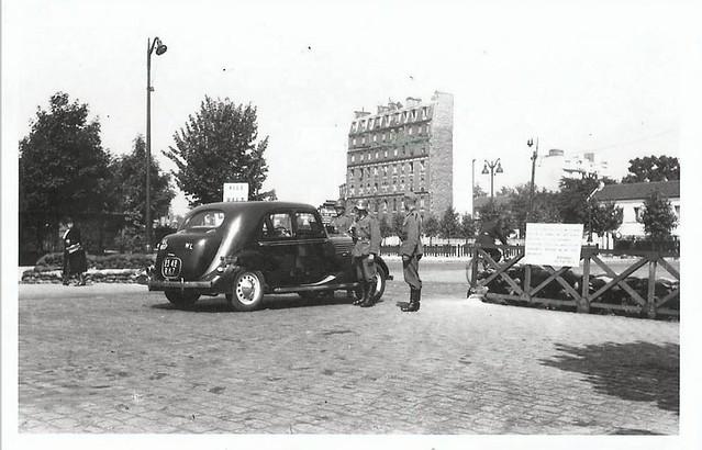 barrage de controle allemand porte d'Italie vers 1942