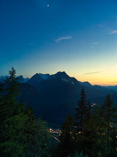 Evening light over the North Alps