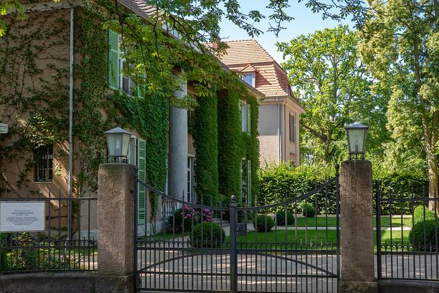 Berlin: Liebermann-Villa von der Colomierstraße gesehen - Liebermann Villa seen from Colomierstraße
