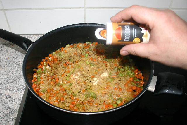 29 - Mit Gewürzen abschmecken / Taste with seasonings