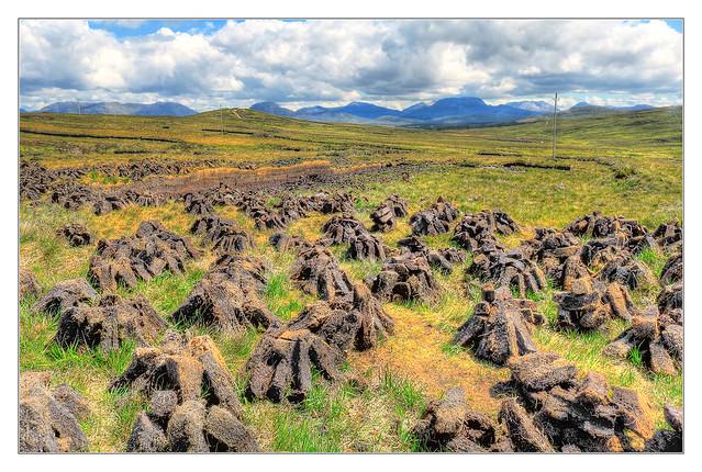 Connemara IR - Sionnanach peat or turf