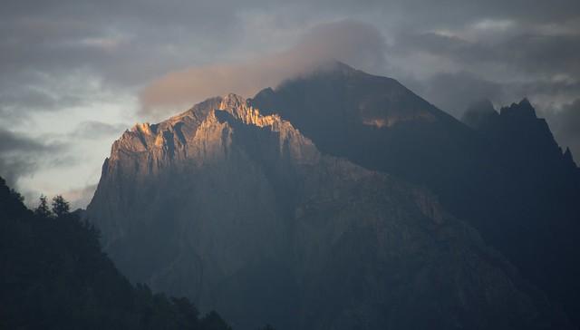 Sunrise on the Khawa Karpo mountain range, Tibet 2018