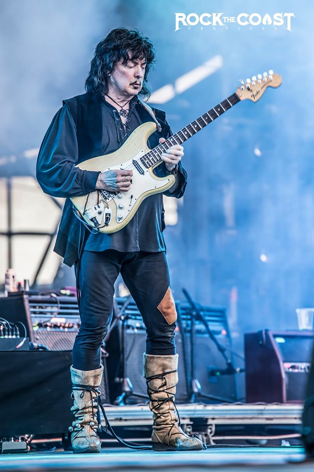 Ritchie Blackmore making magic with his guitar
