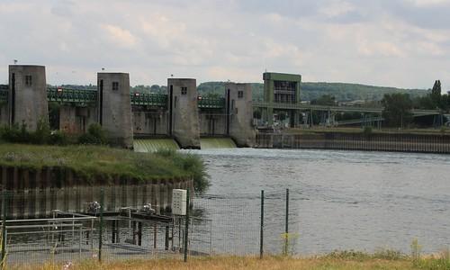 Port-Mort - Le barrage sur la Seine