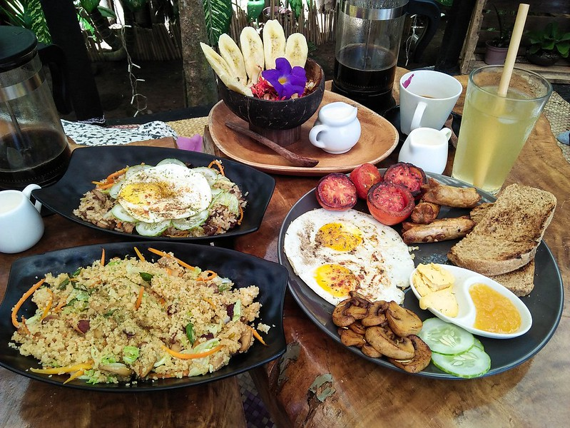 Hayahay Cafe