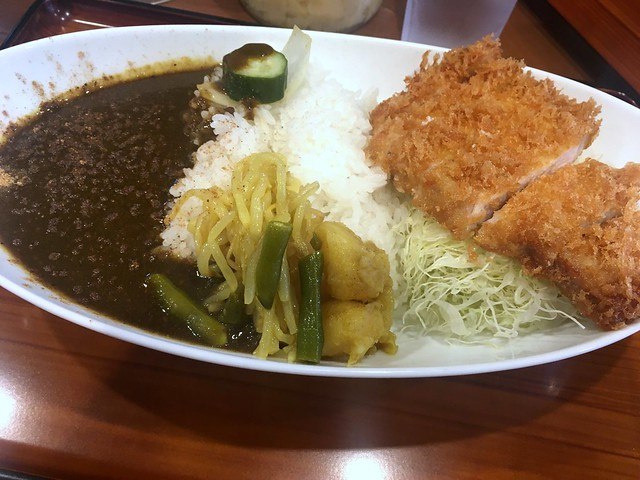 Curry topped with deep-fried pork and salad from GS @ Toranomon
