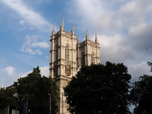 7e3_7111427-westminster-abbey