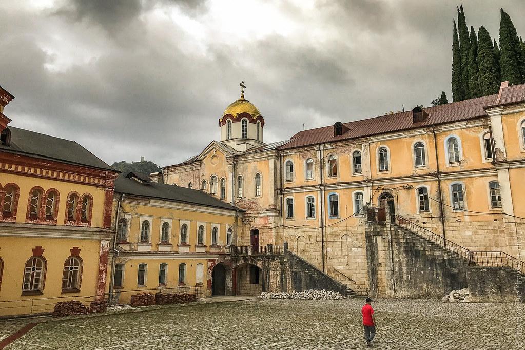 Новоафонский-монастырь-New-Athos-Monastery-Abkhazia-7914