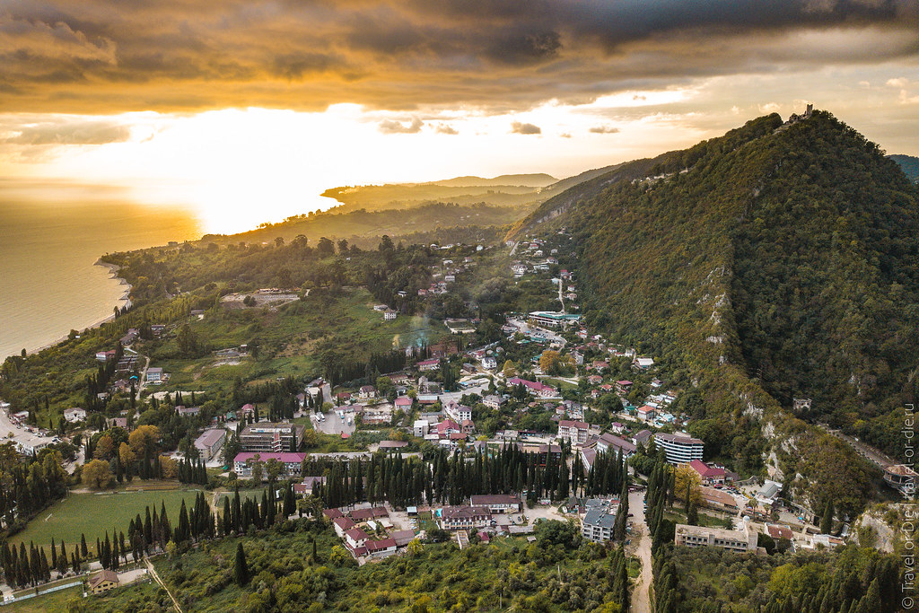 Новоафонский-монастырь-New-Athos-Monastery-Abkhazia-mavic-0947