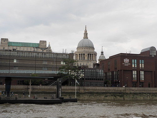 7e3_7111410-st-pauls-from-river