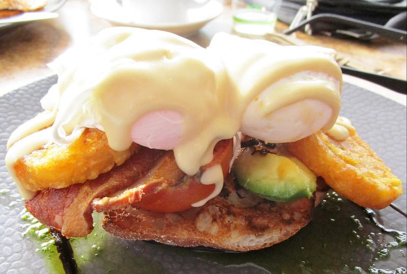 Burleigh Heads breakfast