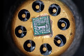 Microchip К140УД6