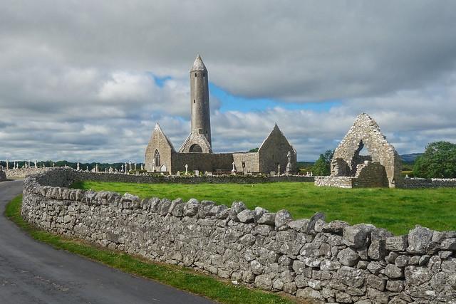 Kilmacduagh Monastery & (leaning) Round Tower